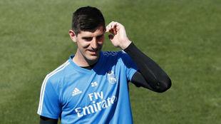 Courtois, en un entrenamiento con el Real Madrid