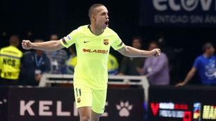 Ferrao celebra un gol esta temporada con el Barcelona.