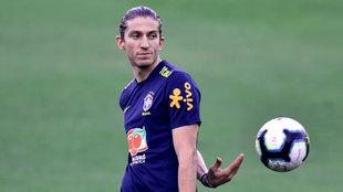 Filipe Luis, en un entrenamiento de Brasil