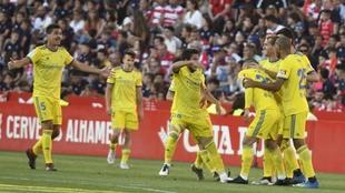 El Cádiz CF celebra un tanto en el último partido contra el Granada