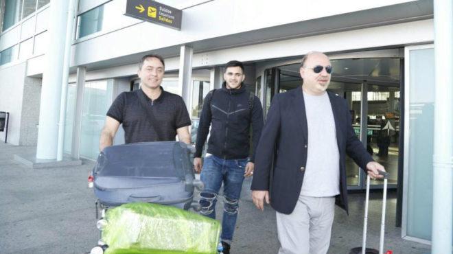 Maxi junto a su antiguo agente a su llegada a Vigo hace justo dos...