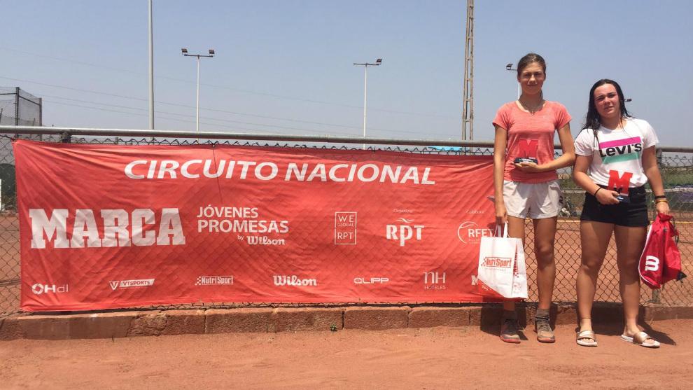 Campeona y finalista del torneo femenino
