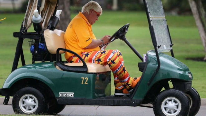 John Daly, con el buggy en el PGA Championship.