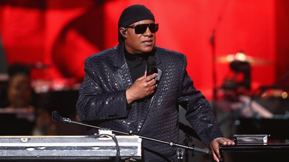 Stevie Wonder contó que recibirá un trasplante de riñón