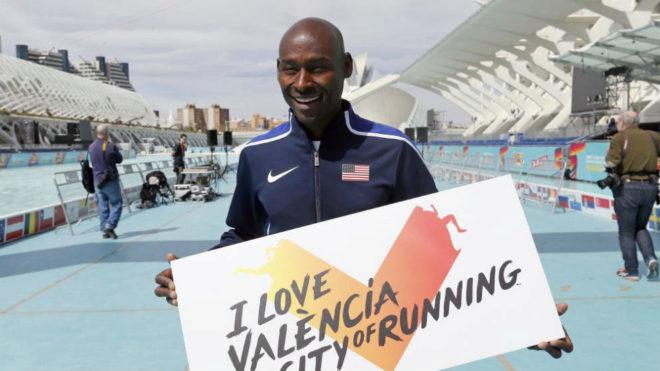 Bernard Lagat, en su visita al medio maratón de Valencia en otoño...
