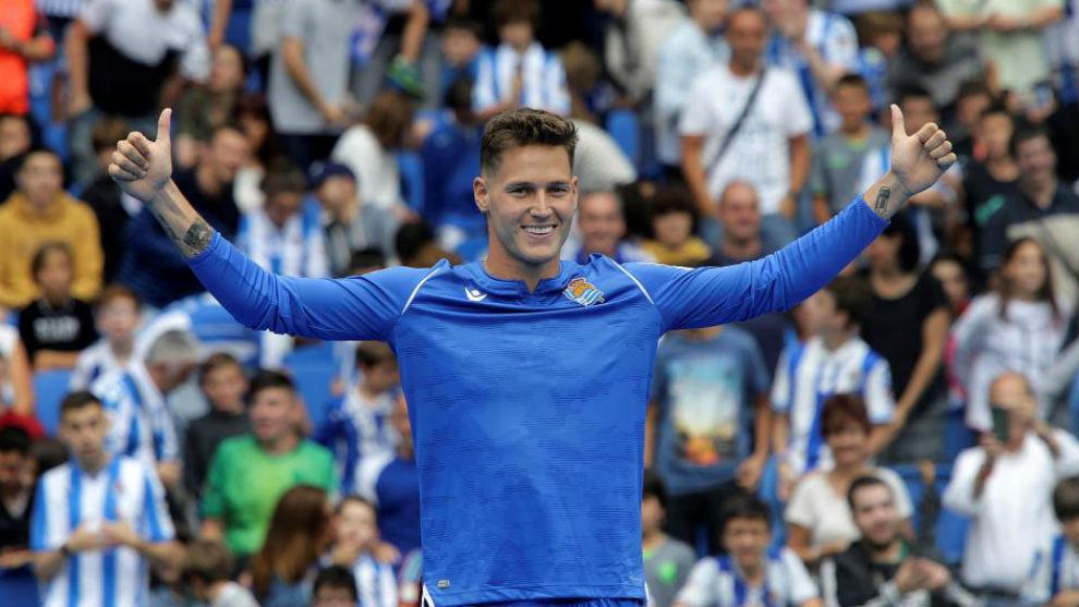 Remiro en su puesta de largo como nuevo jugador de la Real Sociedad.