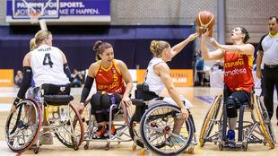 Una imagen del partido por el bronce entre España y Alemania