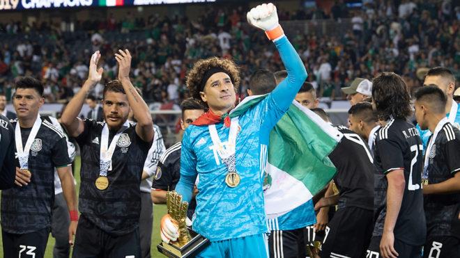 Ochoa fue galardonado como el Mejor Portero del torneo