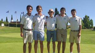 Algunos de los jóvenes golfistas que participaron en el Open. /