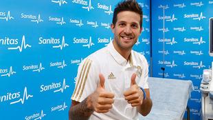 Nico Laprovittola pasando reconocimiento médico con el Real Madrid