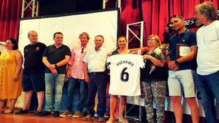 Homenaje a Antonio Puchades en la fiesta de la Peña Valencianista La...