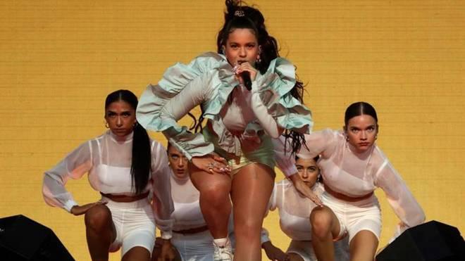 Rosalía enmudece al público del Mad Cool en la 'Welcome Party'