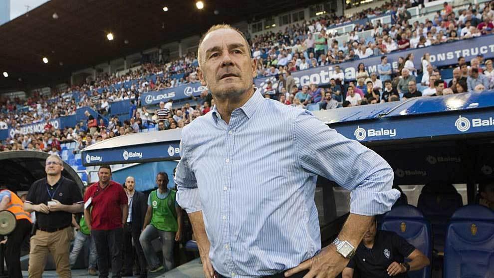 Víctor Fernández,  en el último partido de la pasada campaña en La...