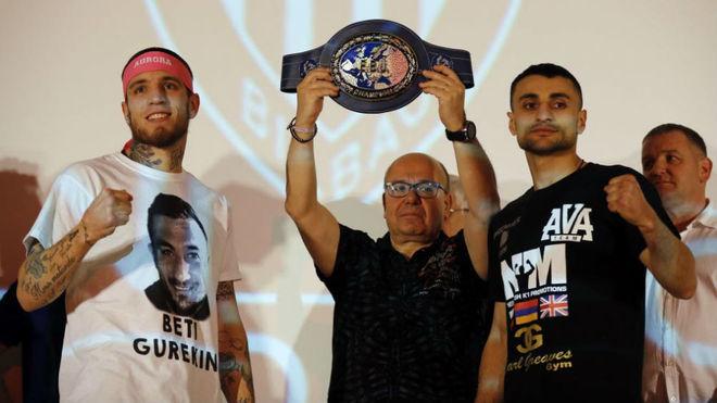 Kerman en el pesaje de la primera pelea con Avanesyan.