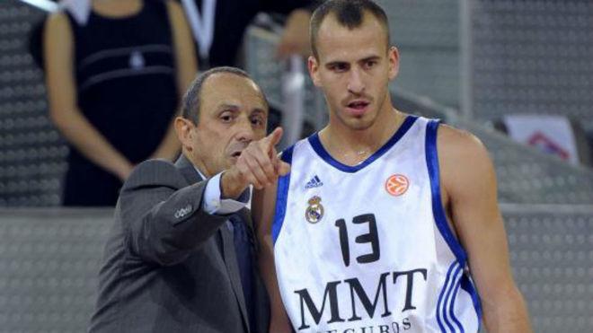Sergio Rodríguez y Ettore Messina durante el año que coincidieron en...