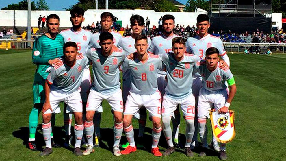 Equipo sub-17 del Europeo disputado en Irlanda.