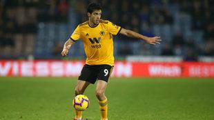 Raúl Jiménez no estará con el Wolverhampton en la pretemporada.