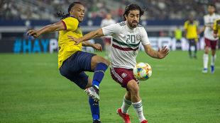 Pizarro ha triunfado en los equipos en los que ha militado.