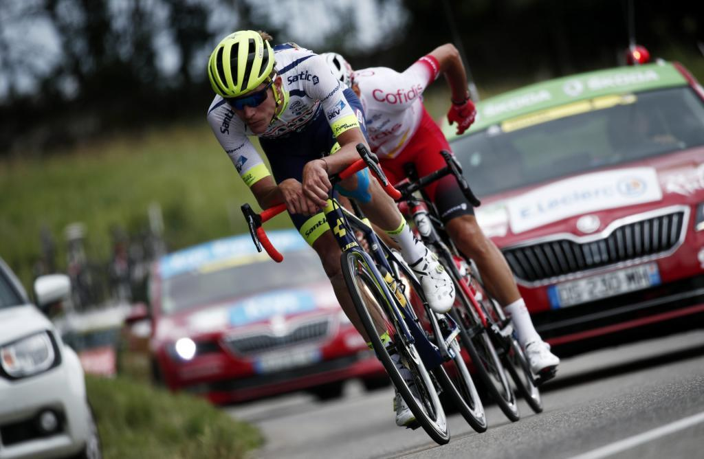 Chalon Sur Saone (France), 12/07/2019.- Frances Stephane <HIT>Rossetto</HIT> of Cofidis Solutions Credits team (R) and Frances Yoann Offredo of Wanty Gobert cycling team in action during the 7th stage of the 106th edition of the Tour de France cycling race over 230km between Belfort and Chalon sur Saone, France, 12 July 2019. (Ciclismo, Francia) EFE/EPA/YOAN VALAT
