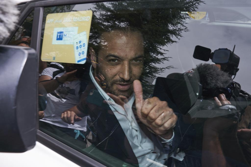 El abogado de Griezmann abandona la sede de LaLiga