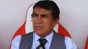 Rogelio Martínez, entrenador del Cruz Azul femenil.