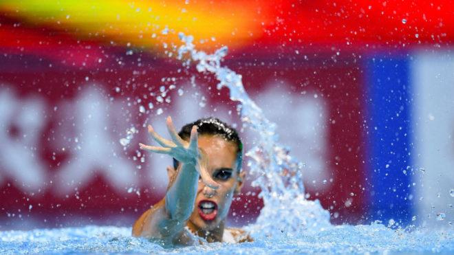 La nadadora española durante la final de la rutina técnica del solo.