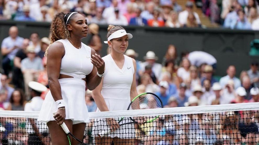 Serena Williams y Simona Halep, momentos antes de empezar la batalla...