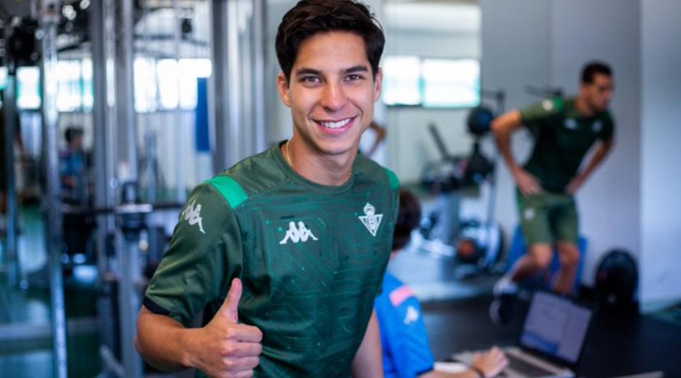 El mexicano ya jugó en el primer partido de pretemporada.