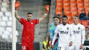 Stole Dimitrievski, en el partido de la pasada temporada en Mestalla