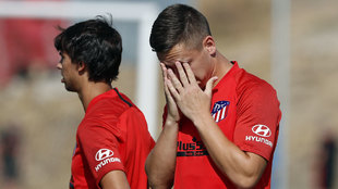 Saponjic sufre por la exigencia del entrenamiento del Atlético