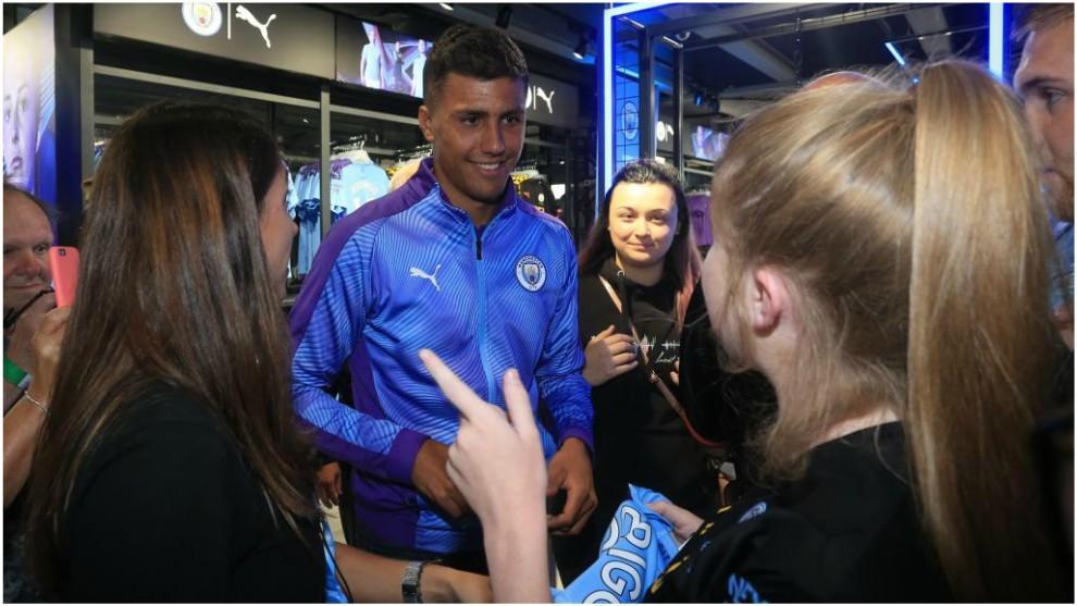 Rodri, durante su presentación con el Manchester City