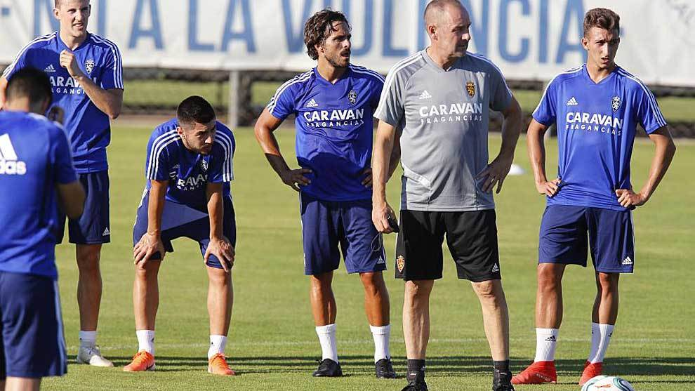 Víctor Fernández, durante un entrenamiento de la semana pasada