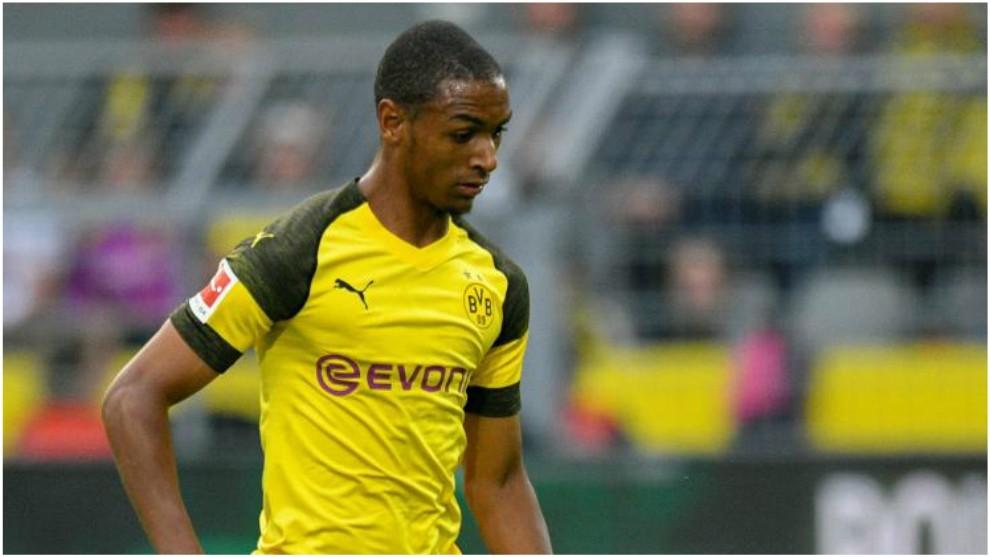 Abdou Diallo, en un partido entre Dortmund y Leipzig.