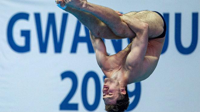 Nicolás García Boissier, en un salto en la preliminar de trampolín...