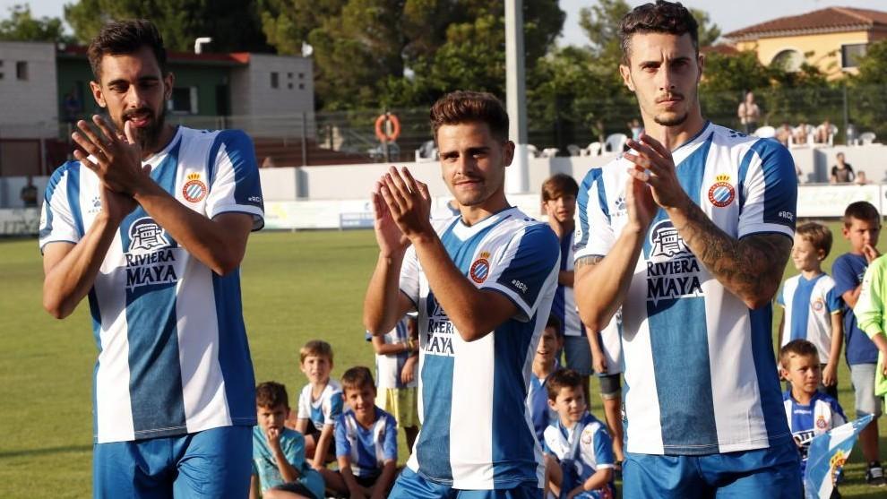 Borja Iglesias, Melendo y Mario Hermoso, antes del encuentro contra el...
