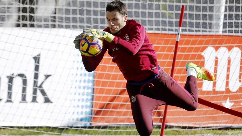 André Moreira durante un entrenamiento del Atlético.