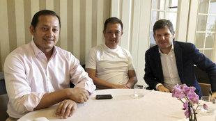 Murthy, Alemany y Peter Lim, en una reunión mantenida la pasada...