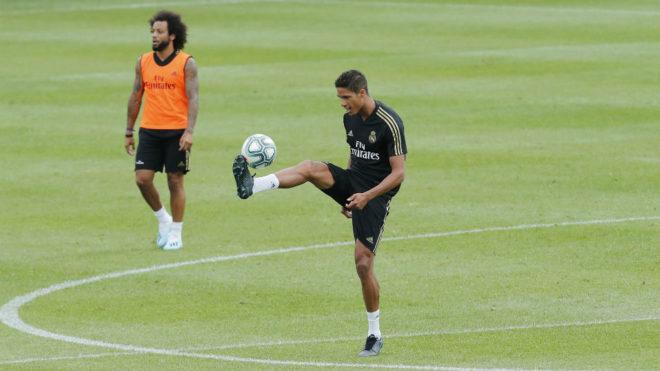 Raphael Varane, durante un entrenamiento del Real Madrid en Montreal