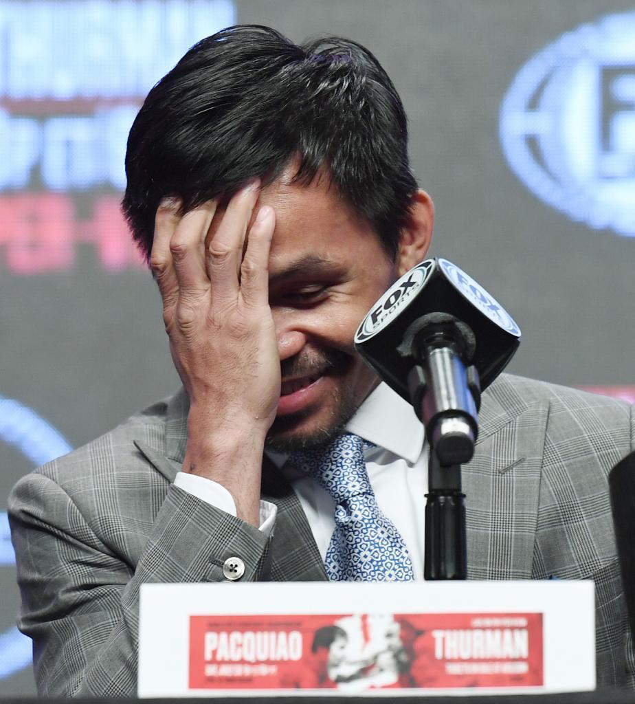 Manny Pacquiao y Keith Thurman libran la báscula