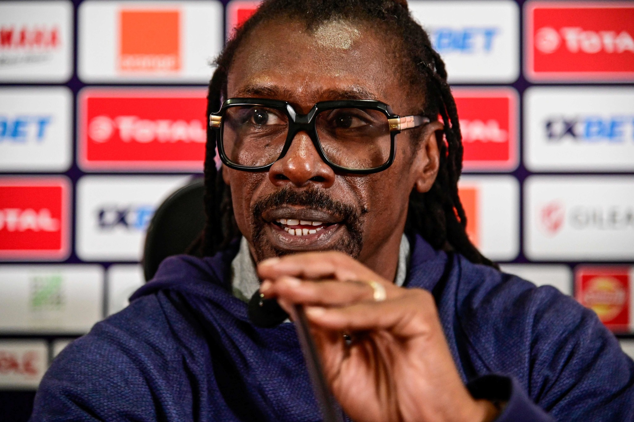 Senegals coach Aliou <HIT>Cisse</HIT> attends a press conference at the International Cairo Stadium on July 18, 2019, on the eve of the 2019 Africa Cup of Nations (CAN) final football match between Senegal and Algeria. (Photo by JAVIER SORIANO / AFP)