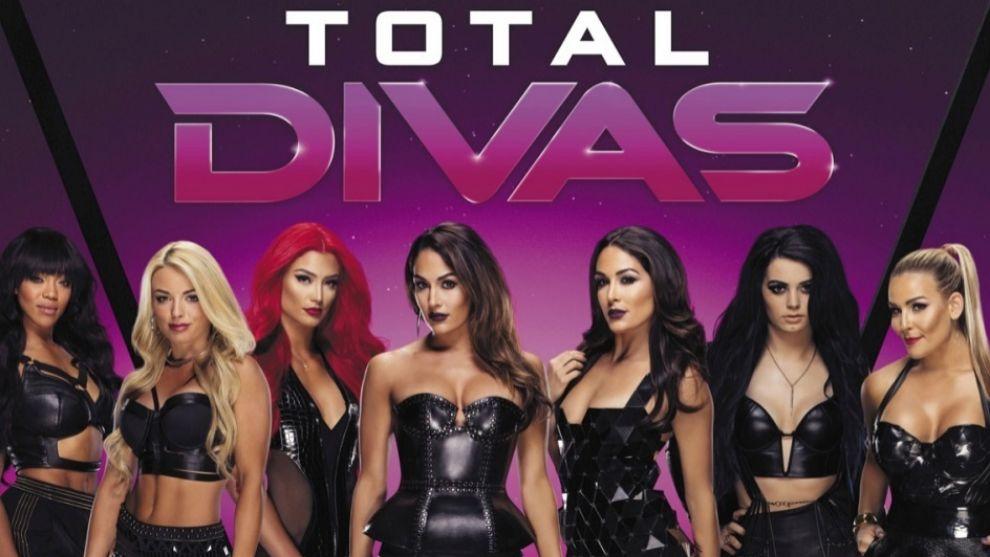 Cartel de Total Divas.