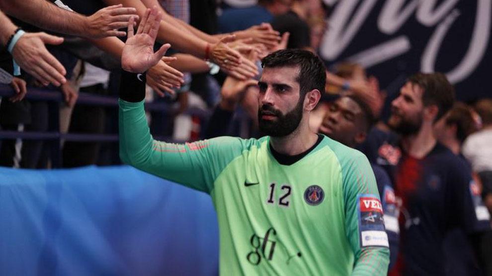 El guardameta internacional español Rodrigo Corrales, tras un partido...