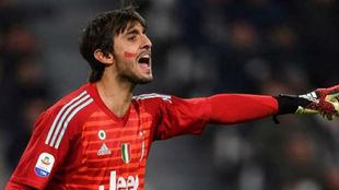 Mattia Perin (26), en un partido de la Juventus.