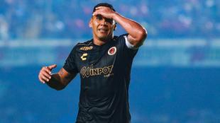 El mexicano se retira luego de 18 años desde su debut.