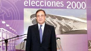 Florentino Pérez, durante las elecciones del año 2000.