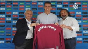 Andrés Prieto, junto a García Pont y Rufete.