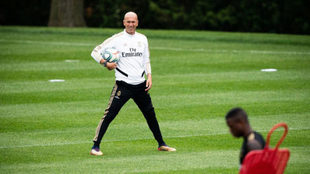 Zinedine Zidane, durante un entrenamiento en Canadá.