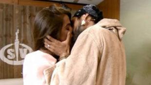 El apasionado reencuentro entre Fabio y Violeta en Supervivientes