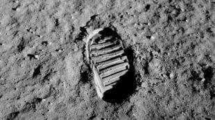 Huella de Neil Armstrong sobre la Luna