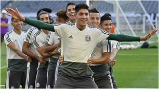 Edson Álvarez, con la selección mexicana en la última Copa Oro.